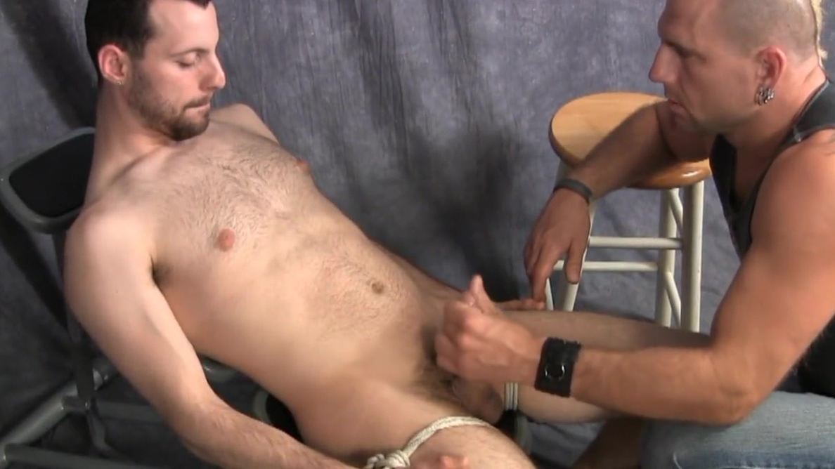 Gay Porn ( New Venyveras 5 ) hot jewish gay boy