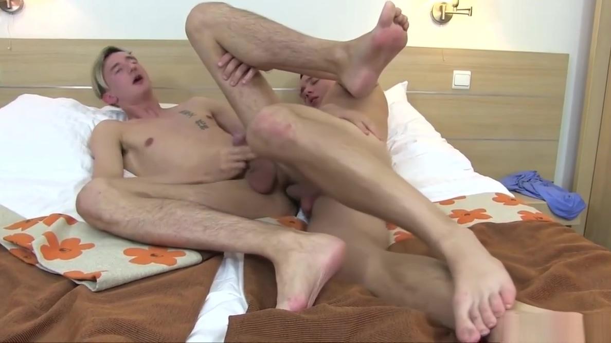 Young Twinks Bare Foot Loving Liru the werewolf hentai