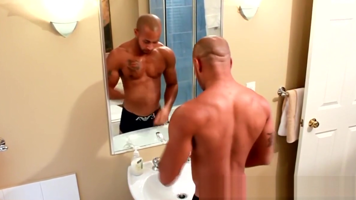 Solo muscular black adonis feeling himself Women 55 and older sex video