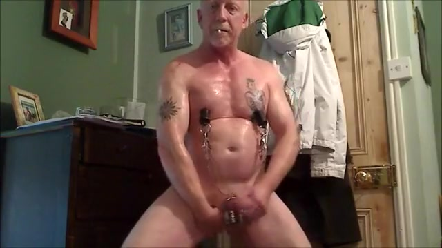 Hung pierced muscle takes heavy sex toy Pakistani Poor Grils