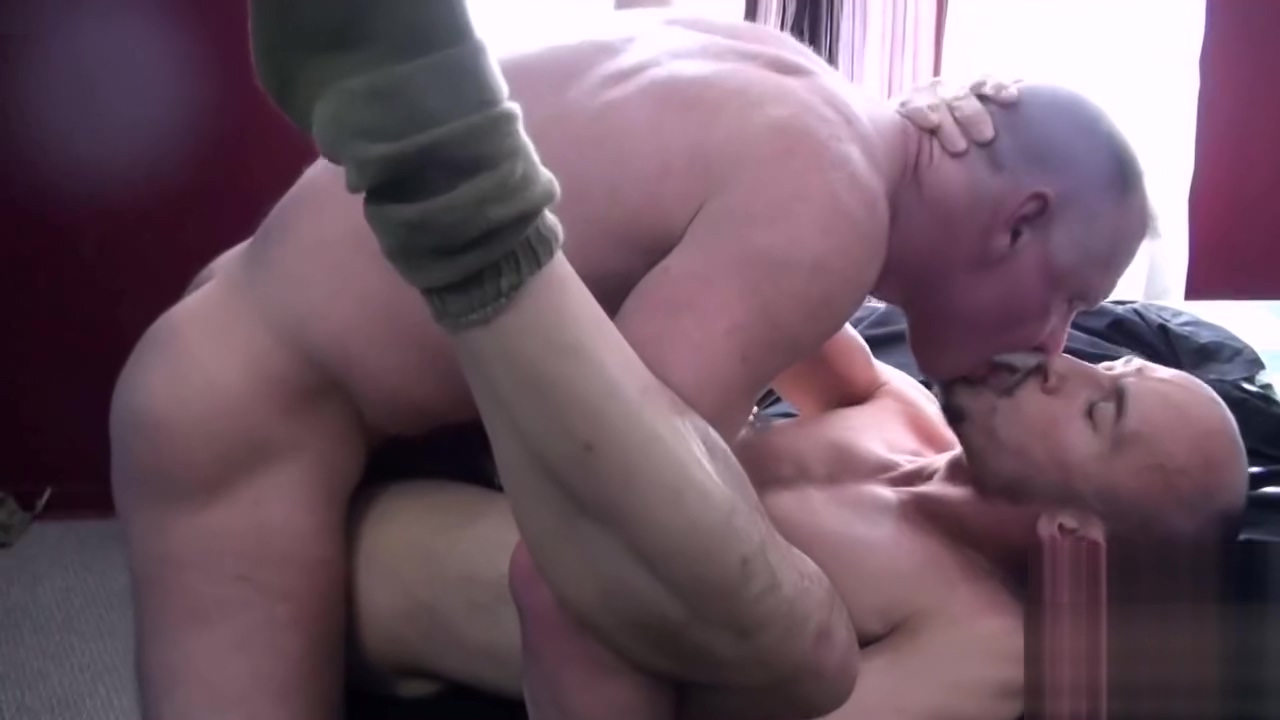 Chub bear the best of handjob
