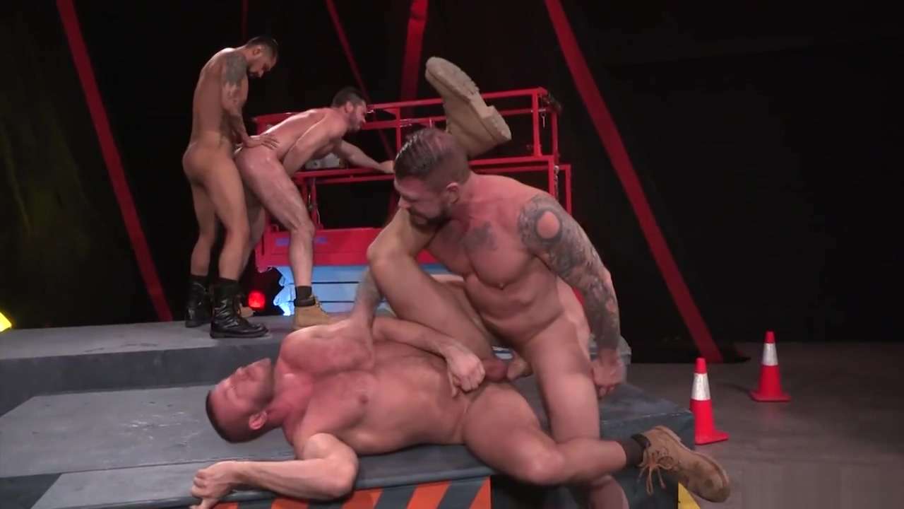 Raging Stallion Orgy CLUSTERFUCK! The key to giving a handjob
