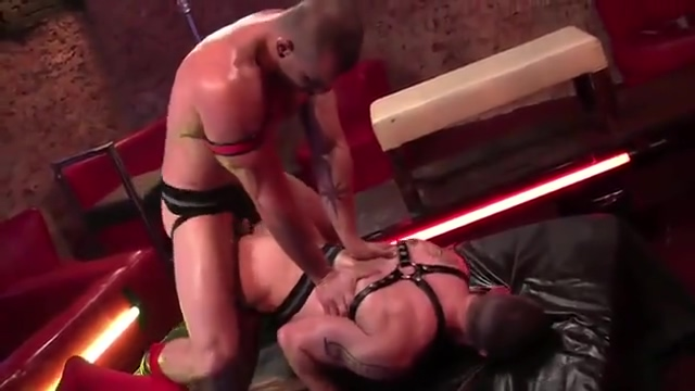 Tommy and Oliver Raw 8 tube juggs domination video