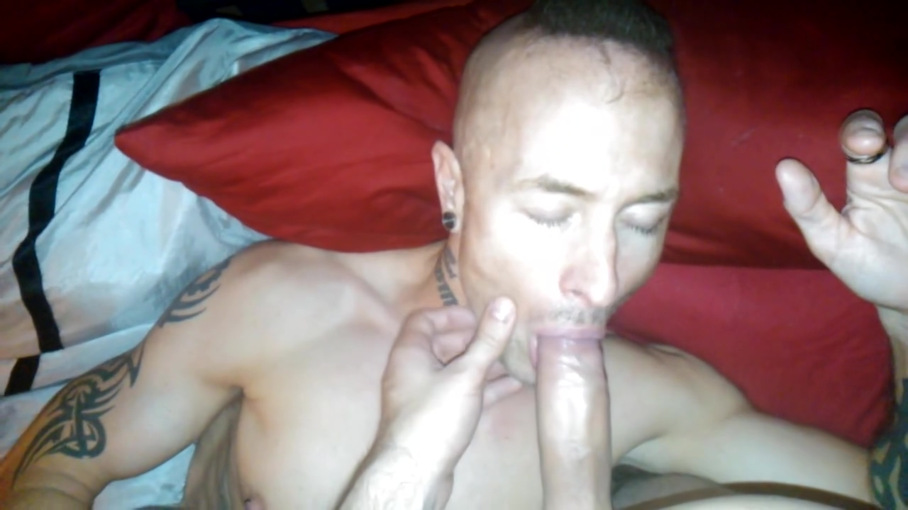 Muscular mans throat fucked and filled with a lot of sperm from big dick ! Sexy black blowjob cock orgy