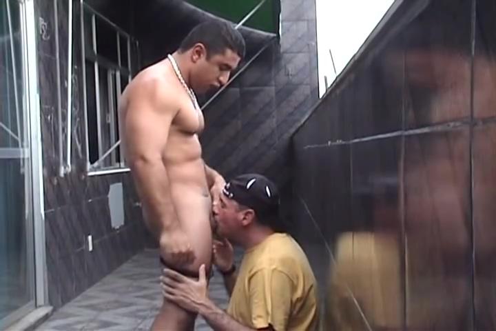 I blow a str8 Latino bodybuilder hustler Sternberg love