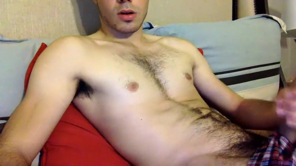 hung-dude-19 amateur video 07/08/2015 from chaturbate How to do an open mouth kiss