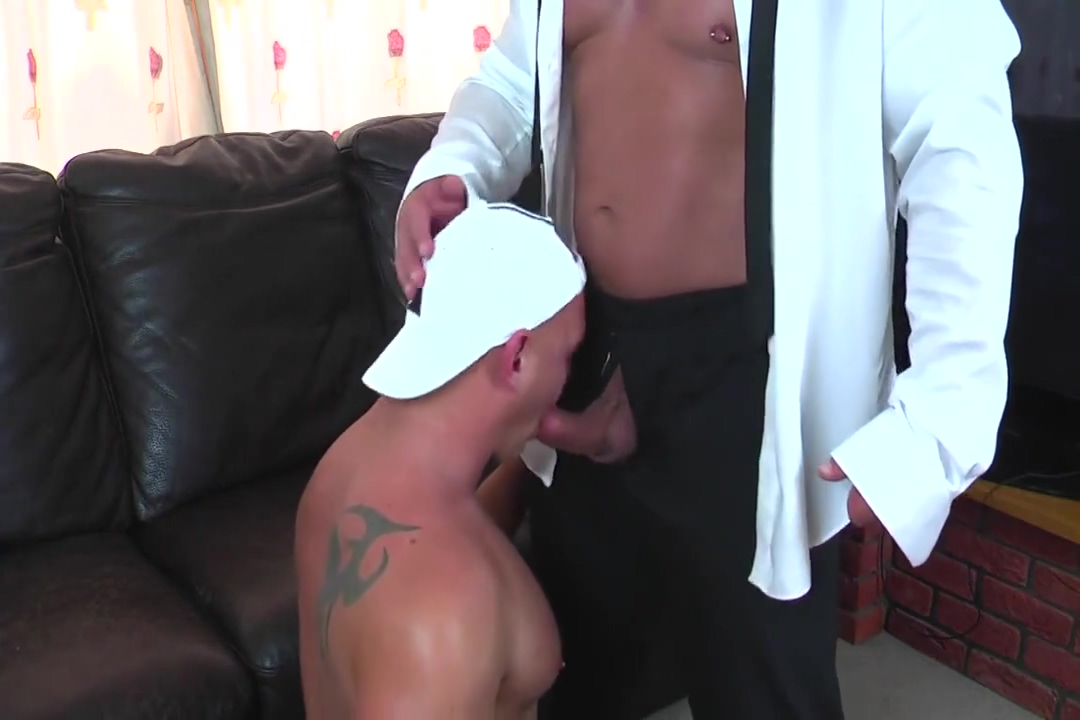 bull dad fucks muscle son raw Umur 20 Sex