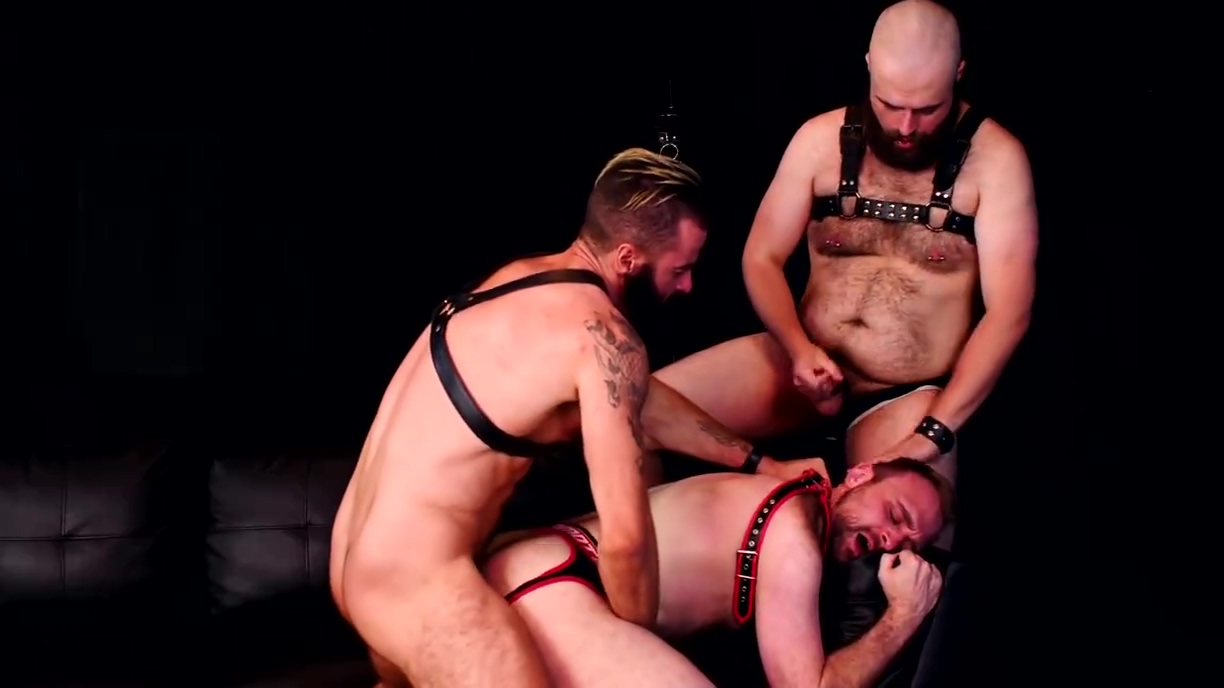 Store PolicyA Leather Bear Threeway Insane pussy creampie fucking pic