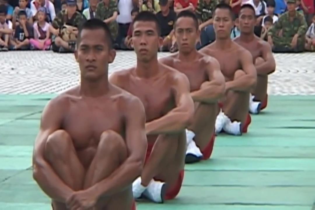 Public Training sexy marathi naked women