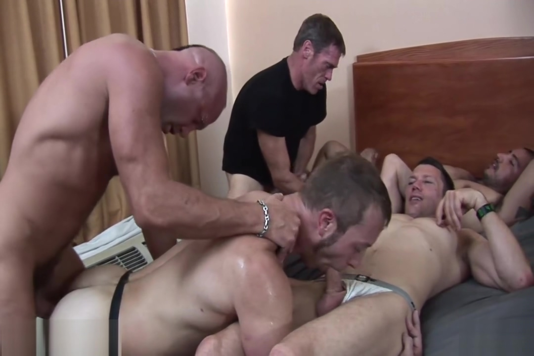 Gangbang Follando A Pelo y Criando How to find a girls g spot