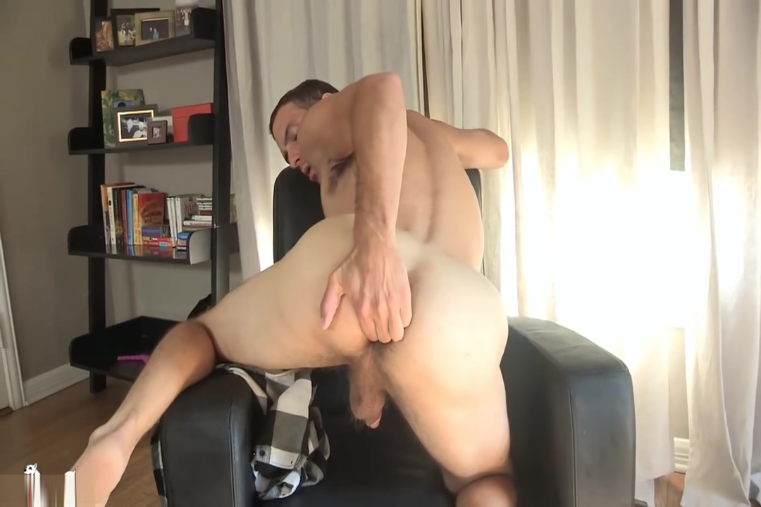 Cameron jerks off Guy sucking dick