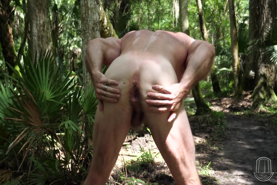 Muscle beefy Lumberjack - Slick Rick from The Guy Site Sex With Xad