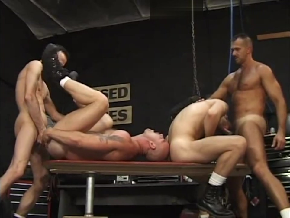 Lance, Marc, Tommy, and Chad Tiny girls and hard black cock