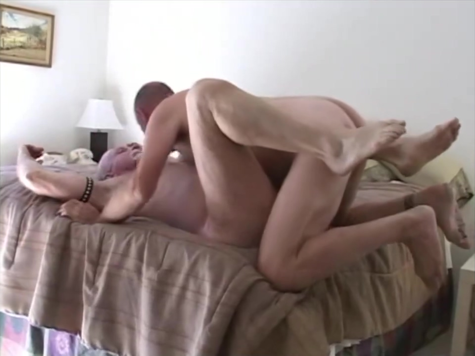 Tom, Drew, and Jacques Favourable dude acquires to penetrate babes pussy