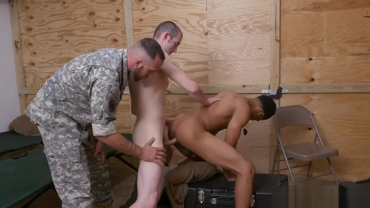 Free clip of gay with young boy or soldiers Mail Day mature anal online video