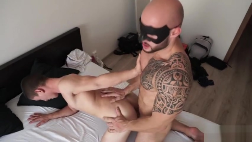 Muscle gay anal sex with cumshot Scene 0 sexy lady in bold and nude photo