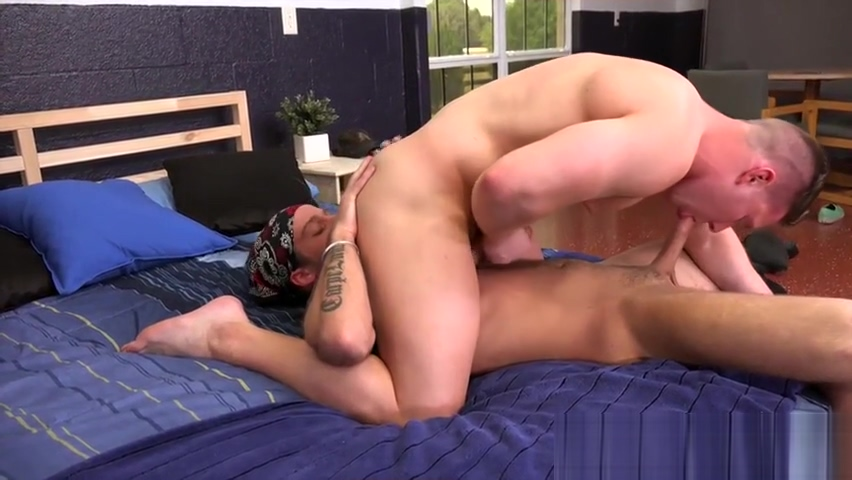 Straight jock sucks on cut cock of a sexy scruffy dude with nipples pierced and tattoos befo Big Cock Free Video Sex
