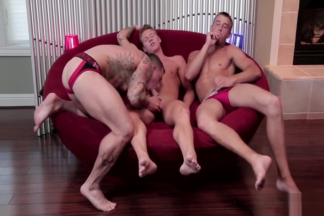 Slate gets fucked raw by two guys green phlegm sore throat