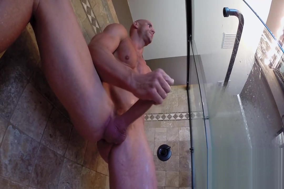 Johnny jerks off in the bathroom Massage of the clitoris