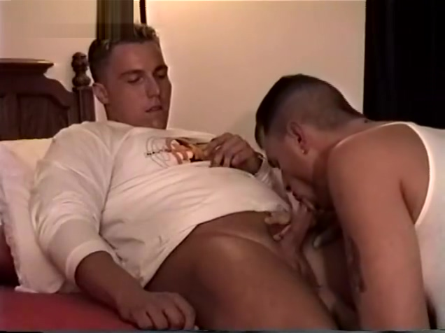 Straight Guy Blowjob During Hidden Cam Audition Girls force guys to jerk off