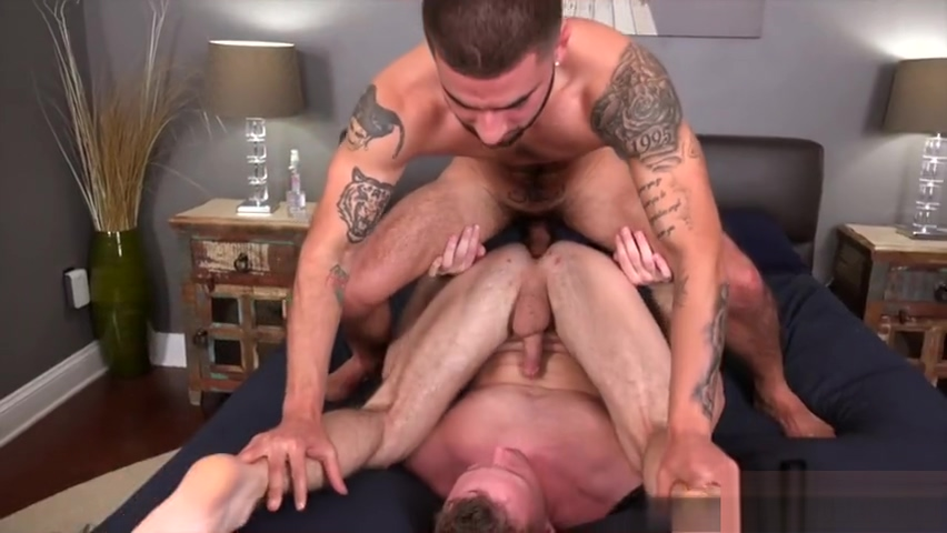 Muscle gay anal sex with cumshot female finger fucking herself