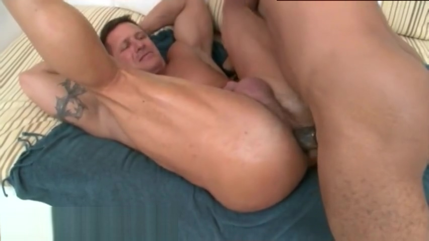 Cute 18 boys gay porn video Can you Smell what The Rock is Sucking! This Big sweaty titties sucking porn