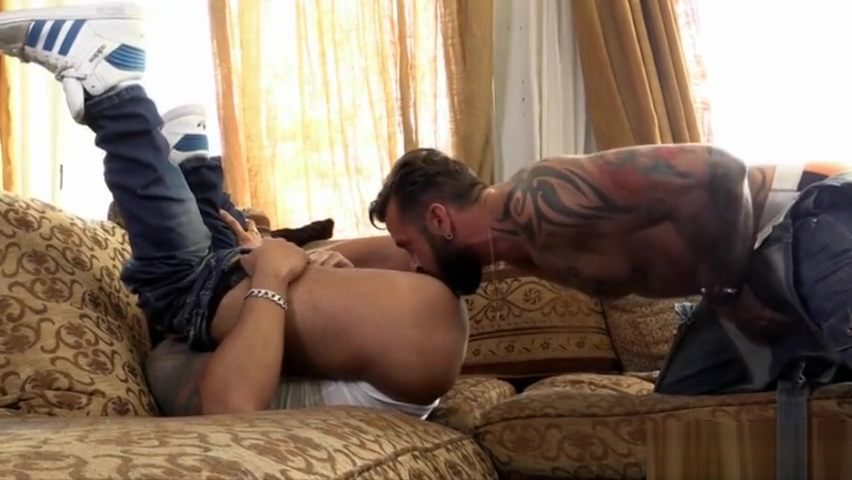Muscle gay anal sex and cumshot aylar lie porno videos
