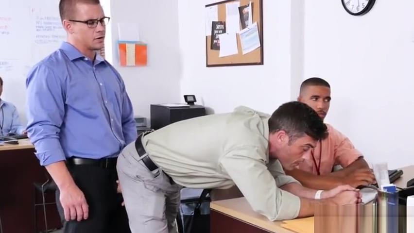 Muscle gay threesome and facial Newzealand girl virgin fucked