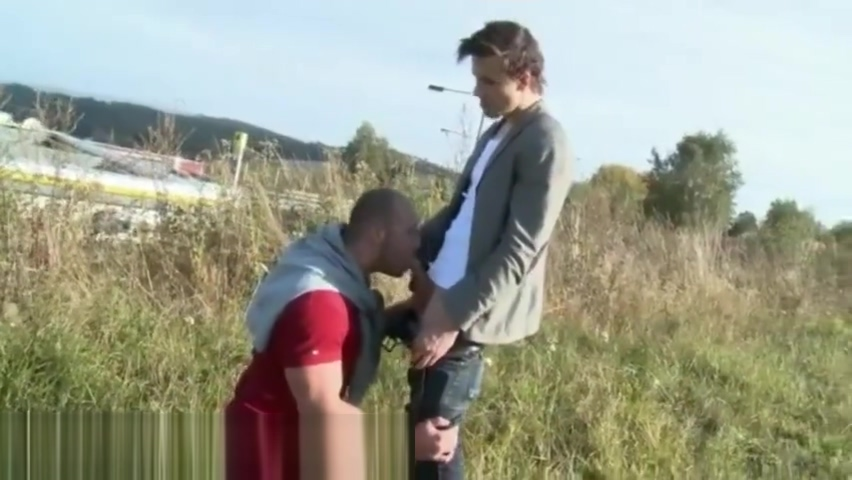 Free gay porn of usher xxx Muscular Studs Fuck in The Grassy Field! Chubby Mom Porn