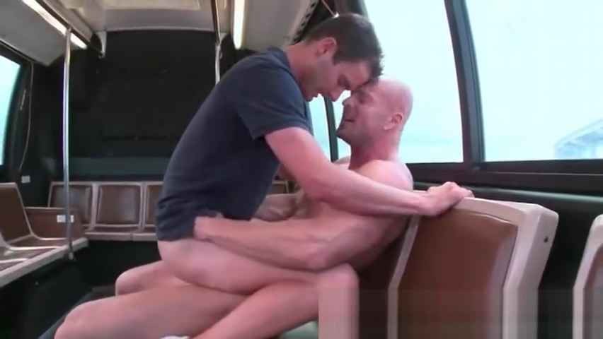 Boy gets stuffed by a gays pierced penis How to love a guy who loves you