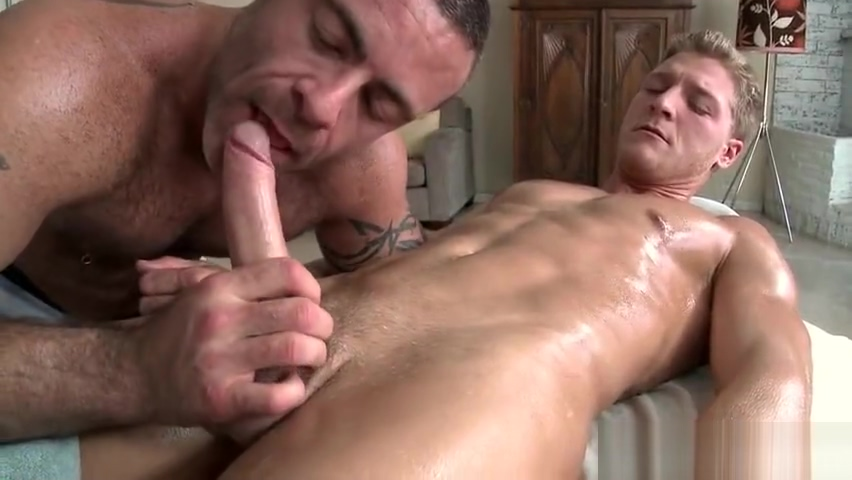 Dude with perfect body gets gay rubbing part5 Pussy sucking video download