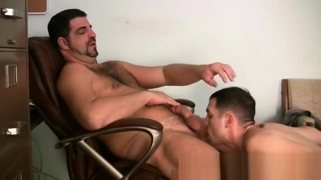Gay Bear is fucking hot dude part1 Big fetish nose