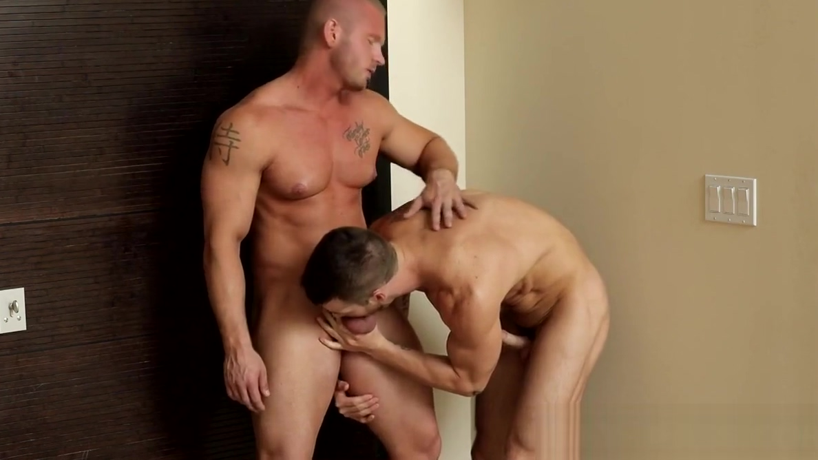 DELIVERY GUY JAMES HUNTSMAN DRILLS QUENTIN GAINZ my wifesucking my friends cock