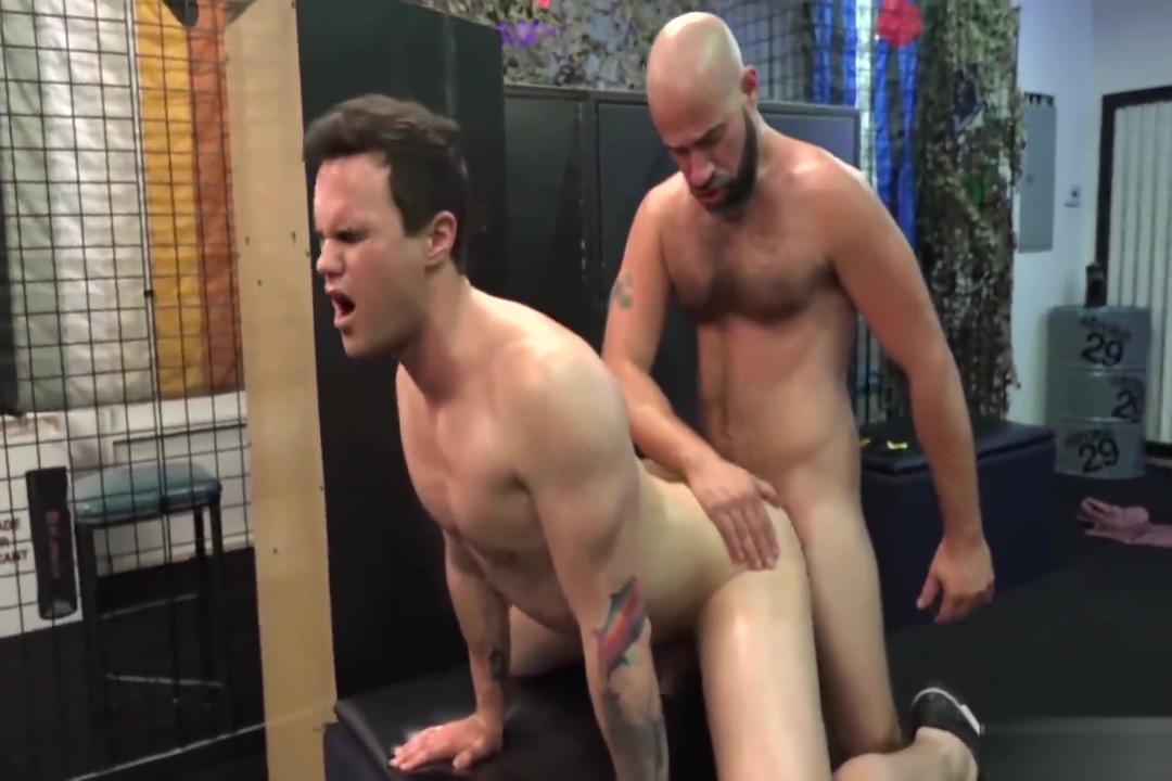 coach breeds his boy Michelle monroe nude