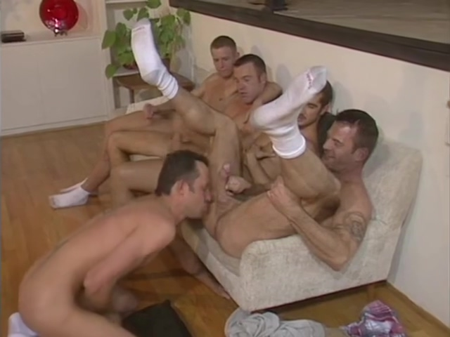 Chad Hunt orgy Very Hot Girls Kissing
