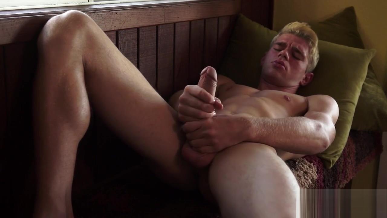 Dalton Briggs Stroking Solo Ebony big ass twerking dildo