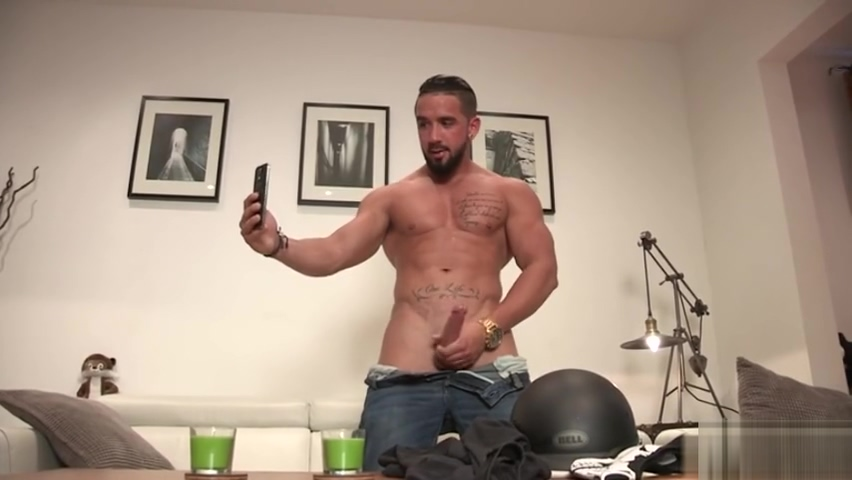 Muscle gay rimjob with cumshot Eating out on porn