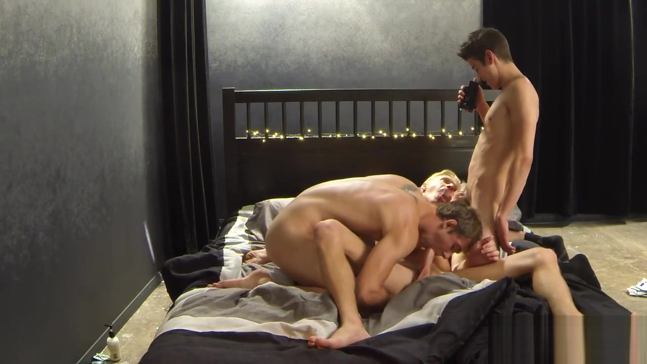 Evan and Kody and Max free blackberry feet porn
