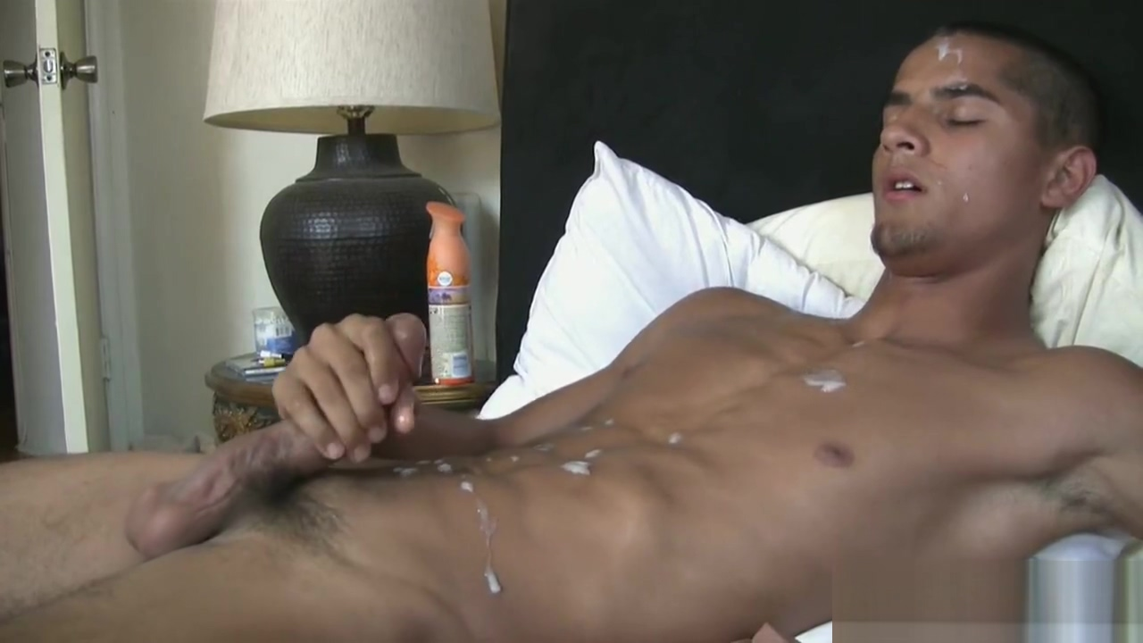 Notorius Latino Nice Twink Videos of sexy boys and girls playing in mud