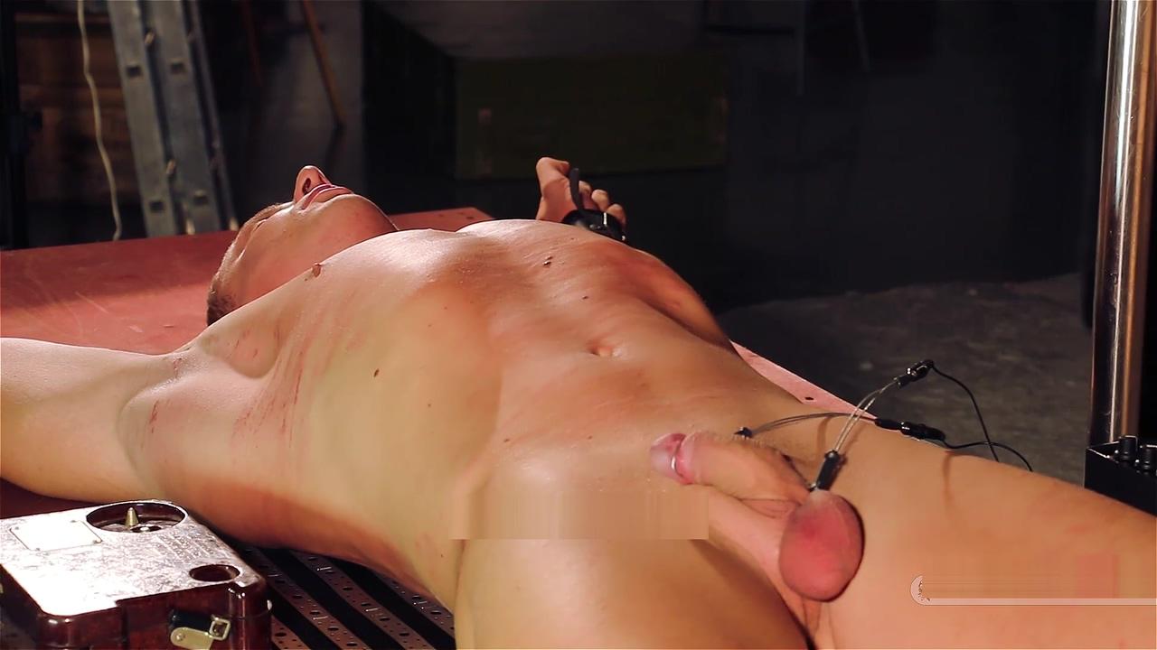 Captured Tortured Bodybuilder Pussy lips spread