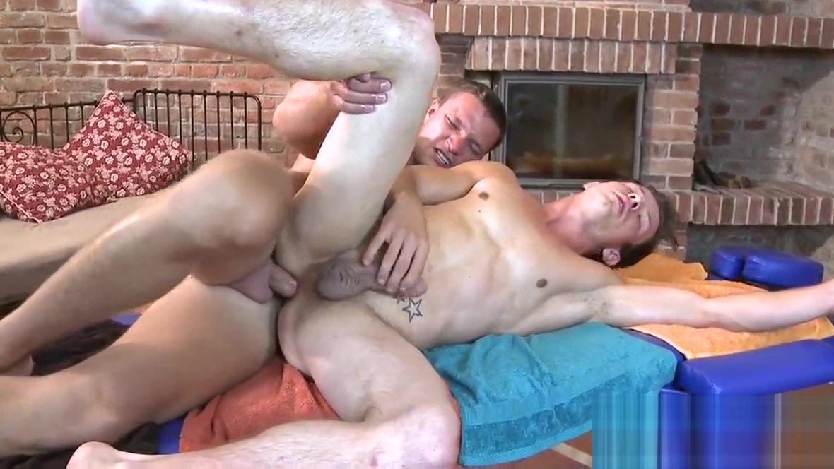 Hot hunk gets a unfathomable anal drilling from gay rubber Lesbian anal massage