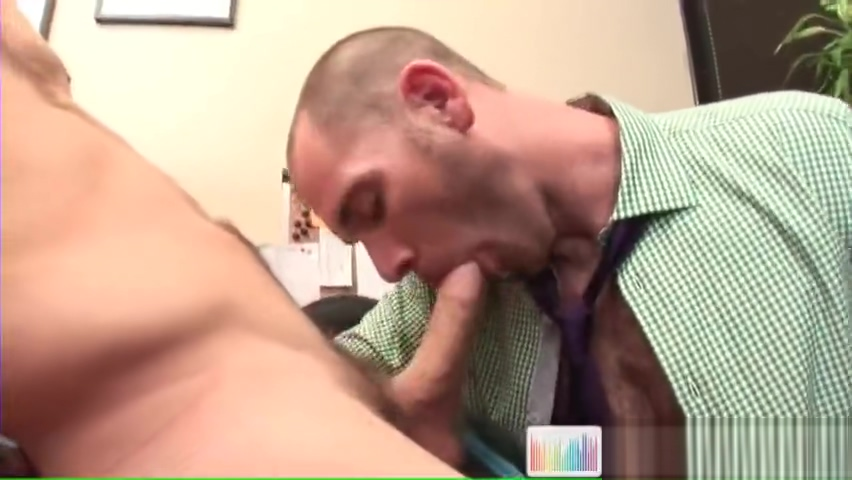 Cole getting his dick sucked by future boss by workingcock Download vidio porno gay randyblue
