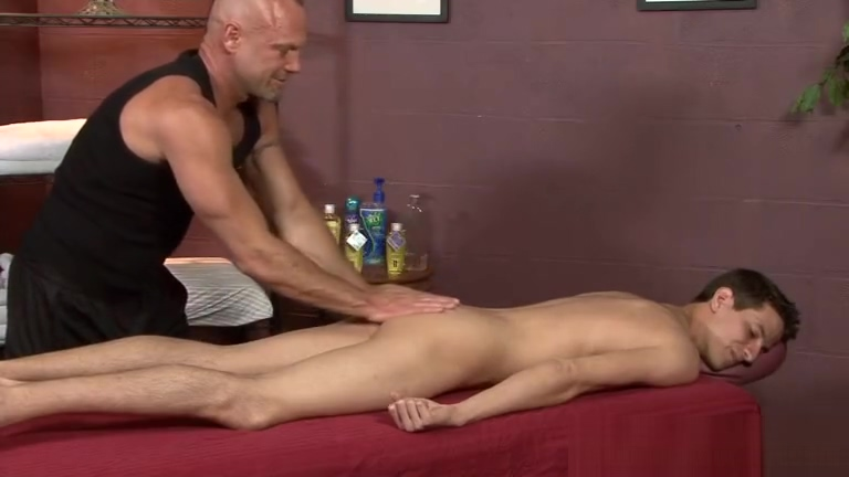 Chad Brock Rubs Mike King Chubby cum shot movies