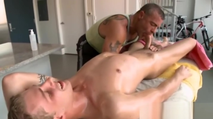 Hairy gay gives special blowjob to straight guy in massage table Cat Lick Soap