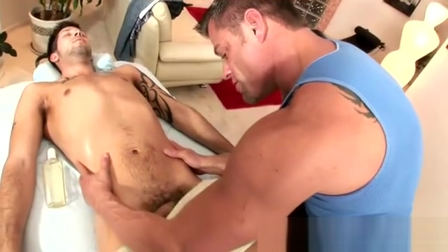 Gay masseur toys his clients asshole Contactos de amistad casadas en Hospitalet
