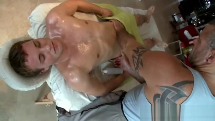 Hairy gay bear gets off rubbing straight guys butt Live nude shows long island