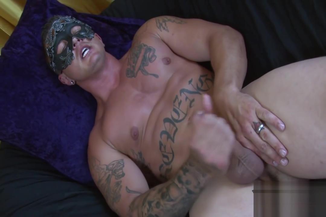 Sebastian Young Beats His Meat elreyx porno espanol online mega porno espanol gratis videos 59