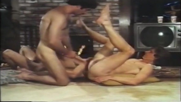 Pleasure Point (vintage) 2 mature sluts gets anal hard treatment