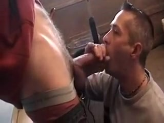 Guy gets a blowjob free sex clips quicktime