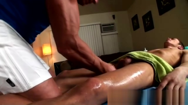 Massage with special attention for the ass Darksome woman enjoys hard dick in her mouth
